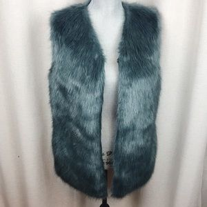 Laundry by Design Faux Fur Vest Teal pockets Small